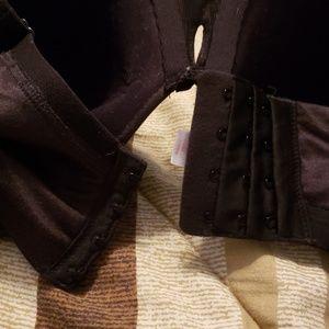 Cacique Intimates & Sleepwear - EUC Intuition Bra